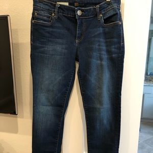 Kut from the Kloth Petite Jeans. Mid rise
